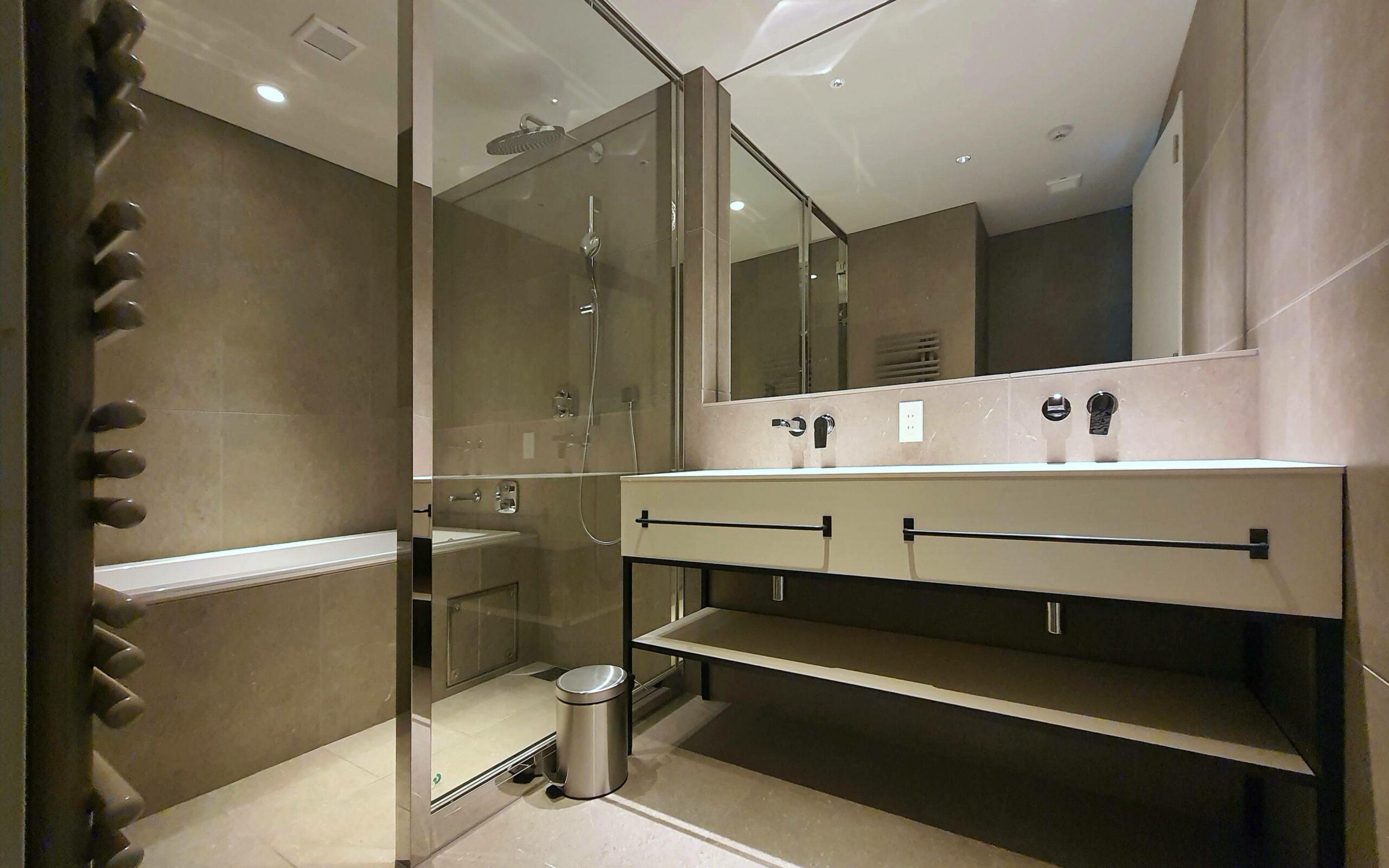 Shinka 3BR Penthouse Bathroom
